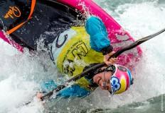 Lowri Davies Freestyle Kayak at LVWWC